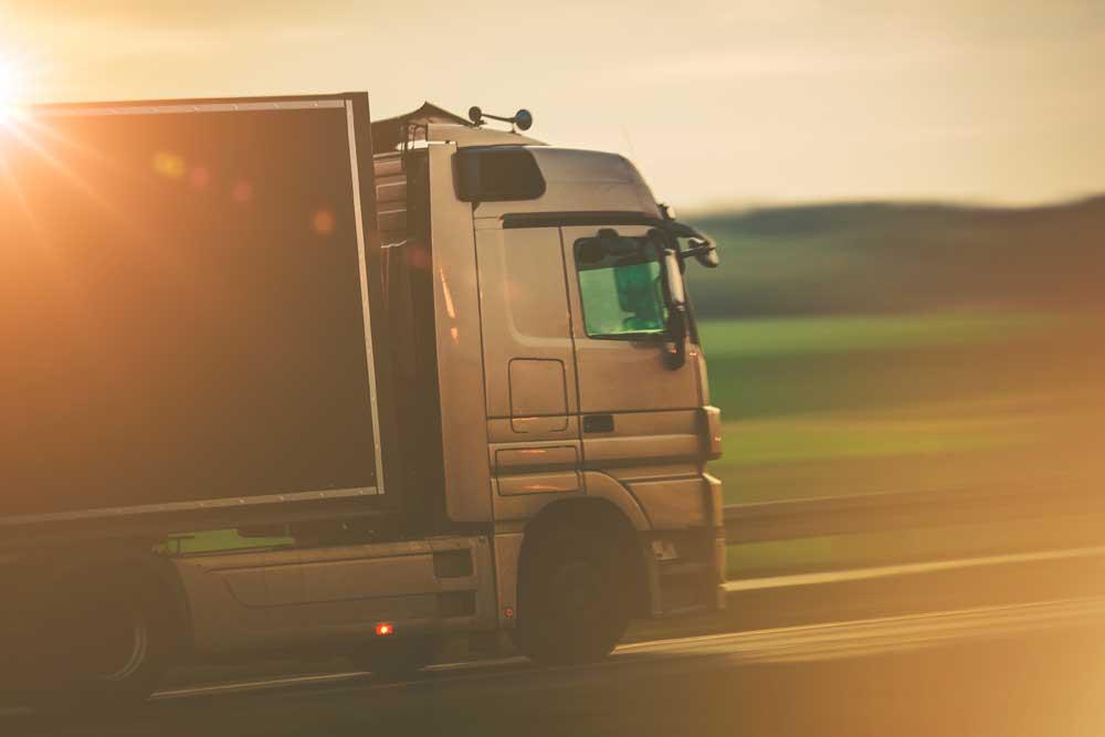 jasa cargo darat murah klik logistics